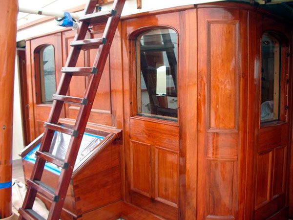 SADOLIN CELCO YACHT